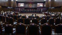 Hakim MK Tegur Bawaslu Papua Karena Tak Paham Sengketa yang Diajukan PAN