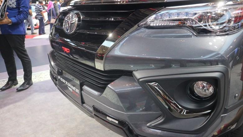 Toyota Fortuner TRD Sportivo. Foto: Dadan Kuswaraharja