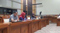 Baiq Nuril Menangis di Komisi III DPR Berharap Amnesti Disetujui
