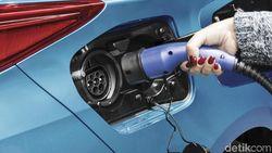 Mau Cepat Ngecas Mobil Listrik? Listrik di Rumah Minimal 6.000 Watt!