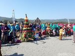 Sakralnya Labuhan Bekti Pertiwi Pisungsun Jaladri di Pantai Parangkusumo