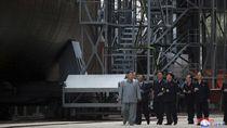 Korea Utara Bikin Kapal Selam 3 Ribu Ton Dilengkapi Rudal Balistik