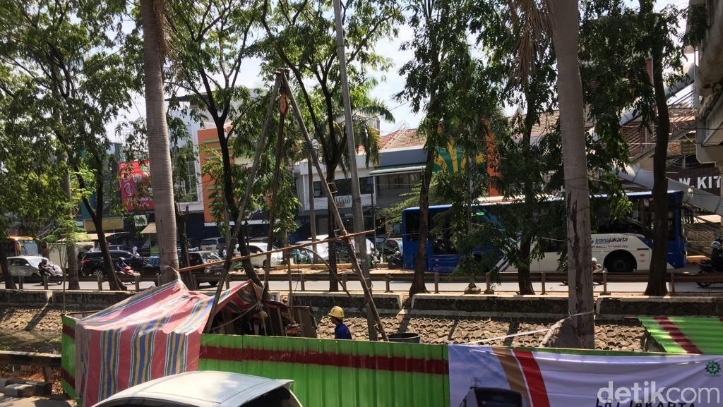 Diam-diam, Anies Mulai Pacu Pembangunan LRT Jakarta Fase II