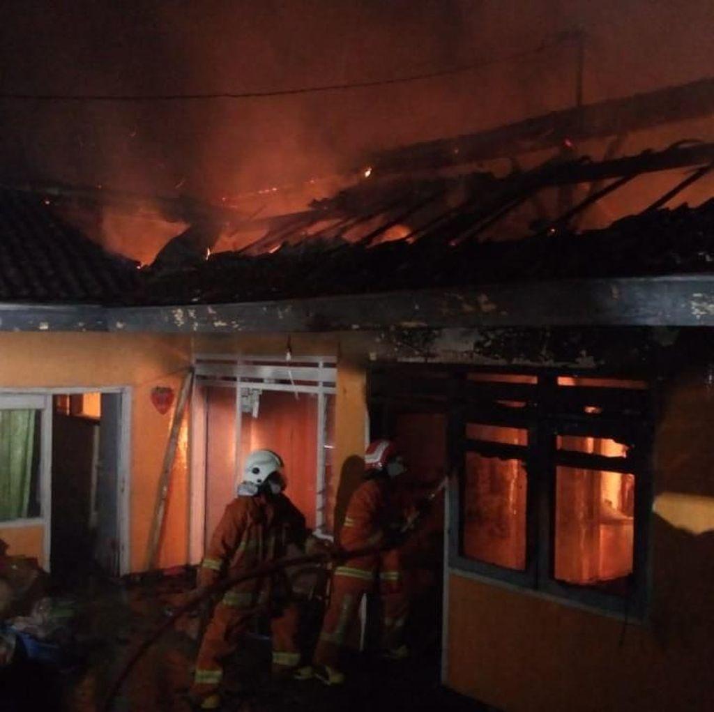 Sebuah Rumah di Kota Batu Terbakar, 4 Penghuni Dilaporkan Tewas