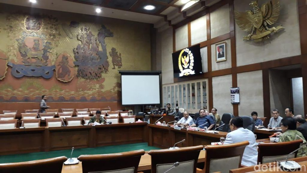 Komisi XI akan Bentuk Panja Bumiputera, Jiwasraya dan Bank Muamalat