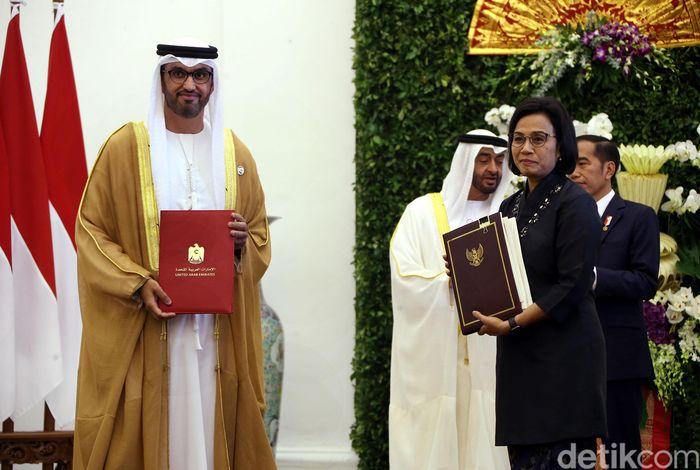 Presiden Joko Widodo bersama rombongan menggelar pertemuan bilateral dengan Putra Mahkota Abu Dhabi Sheikh Mohamed Bin Zayed Al Nahyan di Istana Bogor, Rabu (24/7/2019).