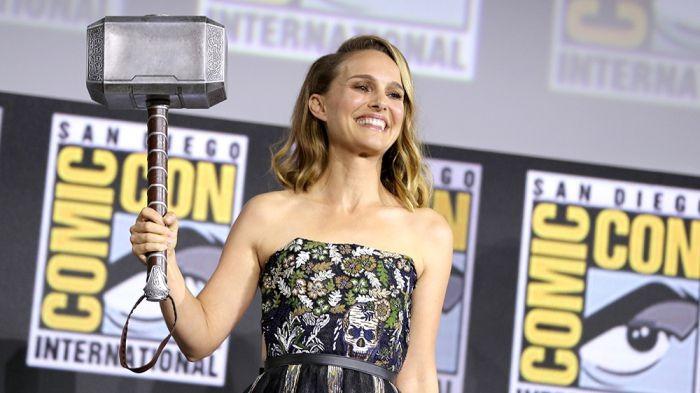 Memulai karirnya di usia muda, Natalie Portman kini resmi memerankan karakter Mighty Thor garapan Marvel. Tak hanya jago akting, rupanya Natalie juga gemar kulineran. Foto: Istimewa/Instagram @natalieportman