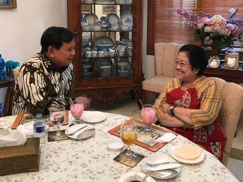 Resep Nasi Goreng Megawati yang Bikin Prabowo Ketagihan Enaknya