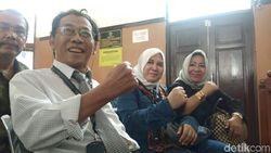 Hadiri Sidang, Asma Dewi dan Sri Bintang Beri Support ke Kivlan