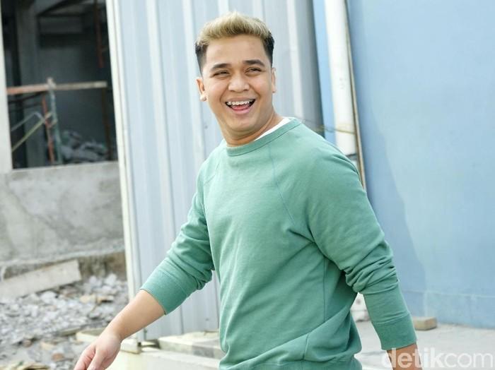 Billy Syahputra saat ditemui di studio Trans TV.
