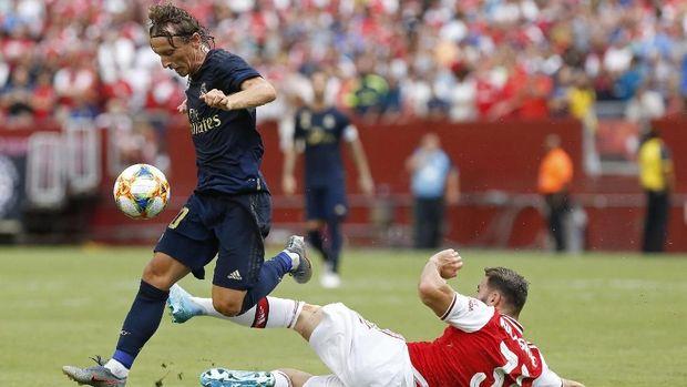 Tiga pemain Arsenal gagal cetak gol di babak adu penalti.