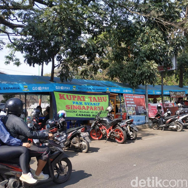 Tahun Depan, PKL Cilok-Kupat Tahu di Bandung Kena Pajak