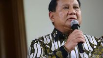 Bicara Strategi Kurangi Impor, Prabowo Sindir Pejabat Jalan-jalan ke LN