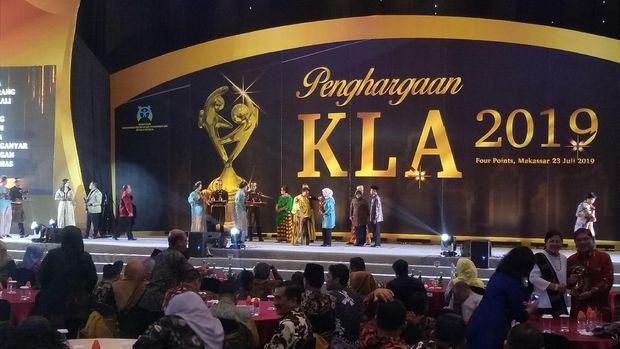 Acara pemberian penghargaan Kota Layak Anak 2019 Kementerian PPPA.