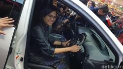 Menkeu Sri Mulyani: Beli Mobil Baiknya Sekarang