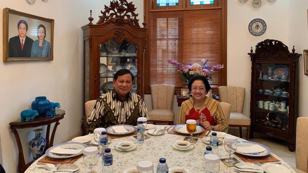 Lewat Politik Nasi Goreng, Mega-Prabowo Sepakat Rukun
