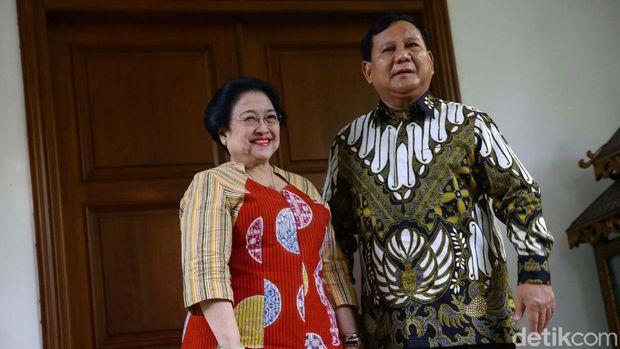 Prabowo saat berkunjung ke kediaman Megawati di Jl Teuku Umar