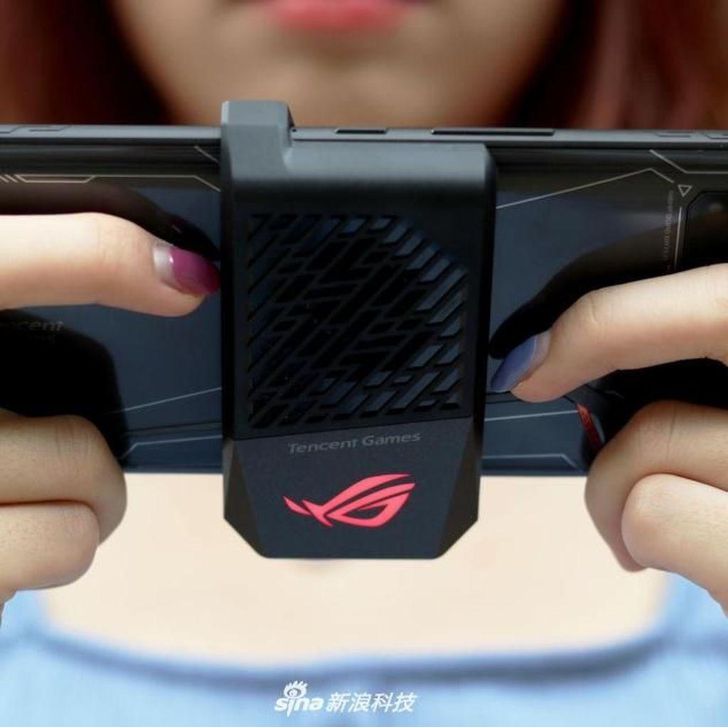 Penampilan Gahar Asus ROG Phone 2