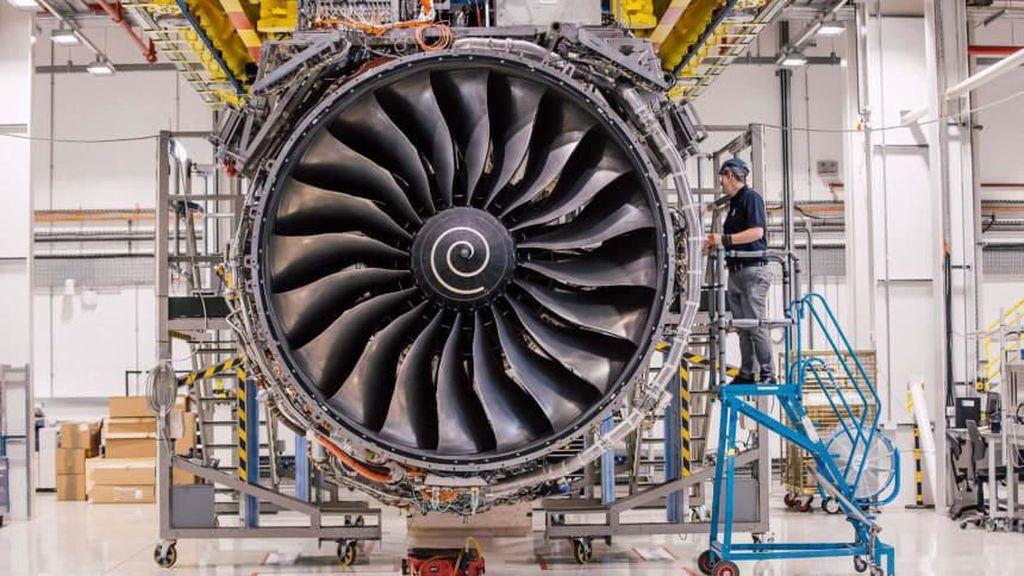 Pertama Kalinya! Rolls-Royce Rugi Sampai Rp 104 Triliun
