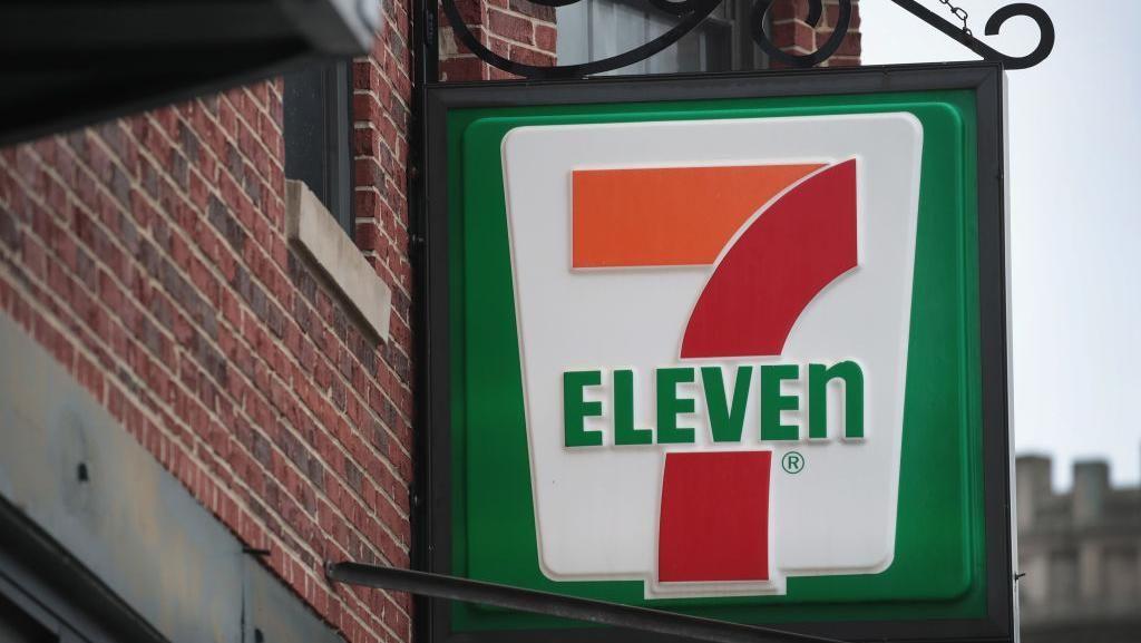 Tega! 7-Eleven Australia Tilep Gaji Pegawai Rp 2,5 T
