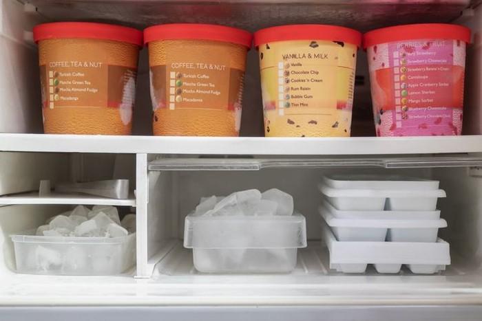 benar simpan es krim di kulkas agar