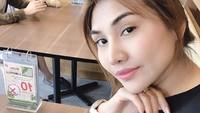 Meski terlihat bahagia, namun tentunya Areeya ingin bertemu dan merawat buah hatinya yang masih ada di keluarga Pablo. Dok. Instagram/areeyajason