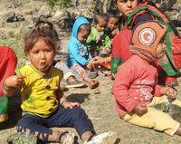 Junk Food Akibatkan Anak-anak di Nepal Alami Stunting
