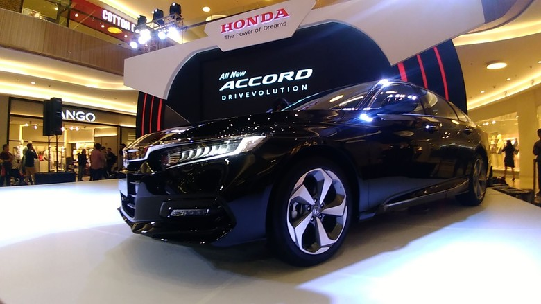Honda Accord Turbo. Foto: Deny Prastyo Utomo