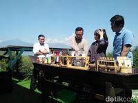 Asyiknya Belajar 'Manual Brewing' dengan Panorama Gunung Merbabu