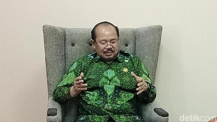 Ketua Ombudsman RI, Prof. Amzulian Rifai