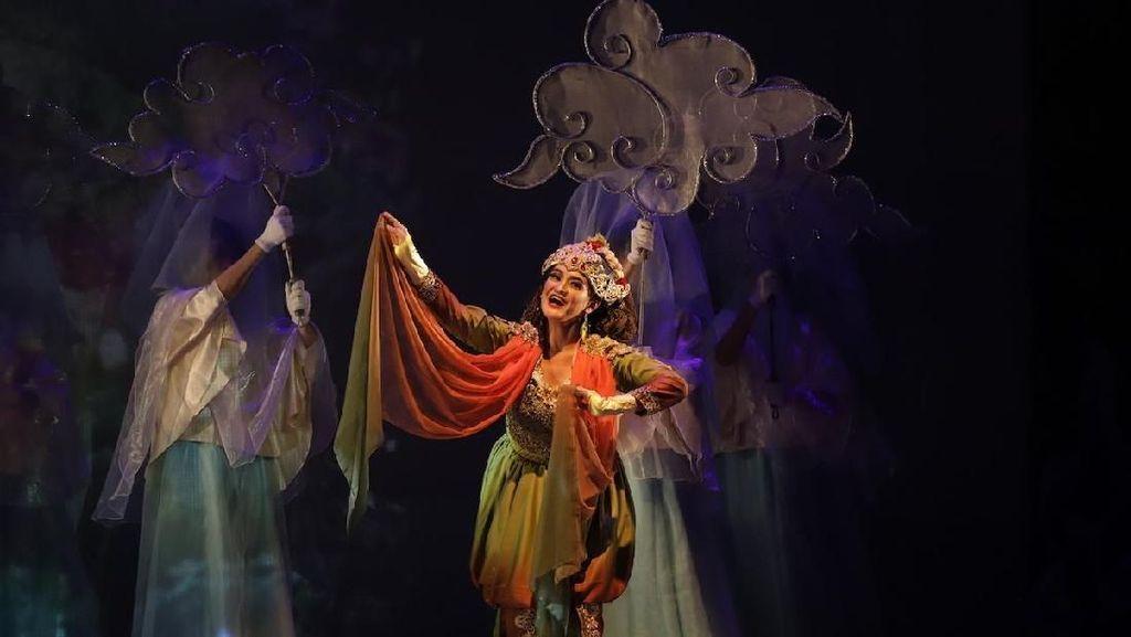 Teknologi Berbalut Kemegahan Artistik di Pentas Teater Koma Mahabarata 2