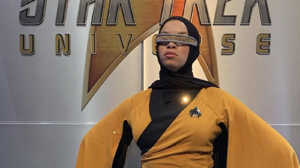 Star Trek Berhijab Curi Atensi di Comic Con 2019, Dipuji Bintang Star Trek