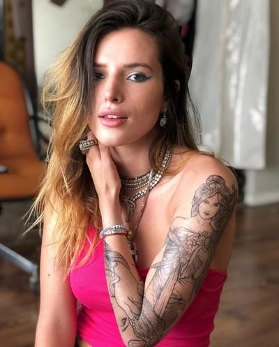 Bella Thorne, aktris dan model yang mengaku panseksual.