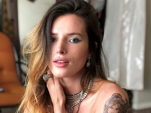 Bella Thorne Minta Maaf, Dapat Banyak Hujatan Akibat Kontroversi OnlyFans