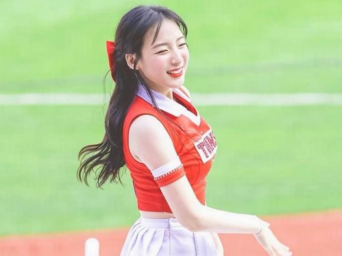 Cheerleader Ha Ji Won. Foto: dok. Koreaboo