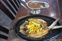 Selain Bandeng Asap di Sidoarjo Ada Steak Bandeng yang Gurih Enak
