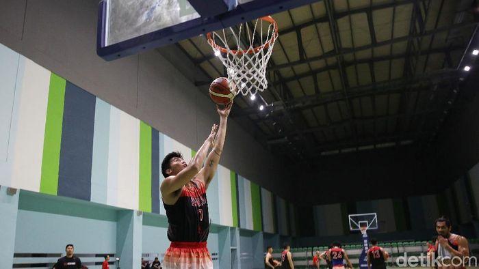 Timnas Basket Putra menggelar latihan (Agung Pambudhy/detikSport)
