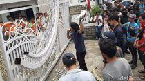 Demo Kantor Gubernur Sumut, Mahasiswa Tuntut Pencemaran Danau Toba Ditangani