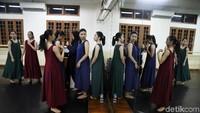 Namarina adalah institusi pendidikan non-formal pertama di Indonesia di bidang seni tari balet, jazz dan kebugaran.