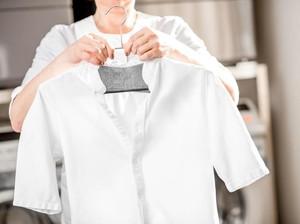 6 Cara Membuat Baju Putih yang Menguning Jadi Seperti Baru Lagi