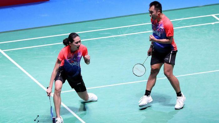 Hafiz Faizal Gloria Emanuelle Widjaja ke semifinal Japan Open 2019 usai menang atas ganda nomor satu dunia, Zheng Siwie/Huang Yaqiong (Foto: dok. Humas PBSI)