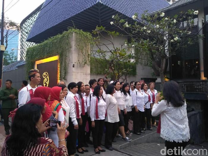 Relawan Jokowi di pembubaran TKN (Azizah/detikcom)