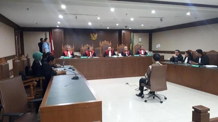 Sidang putusan eks GM PT Hutama Karya, Budi Rachmat Kurniawan. (Foto: Faiq-detikcom)