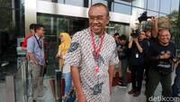 Kedatangan Gatot ke KPK memang memenuhi panggilan sebagai saksi berkaitan dengan kasus dugaan suap terkait pengucuran dana hibah dari Kemenpora ke Komite Olahraga Nasional Indonesia (KONI)