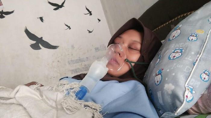 Mahrurin saat terbaring sakit (Foto: dok. Mahrurin)