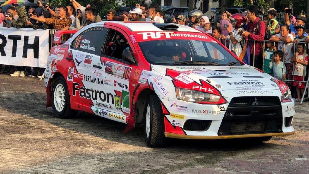 Rizal Sungkar Bersaing Ketat di Kejurnas Reli Putaran 2 Medan