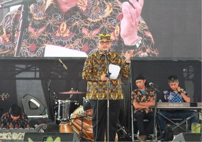 Sekretaris Kementerian Koperasi dan UKM Prof Rully Indrawan (Foto:dok.Kemenkop)