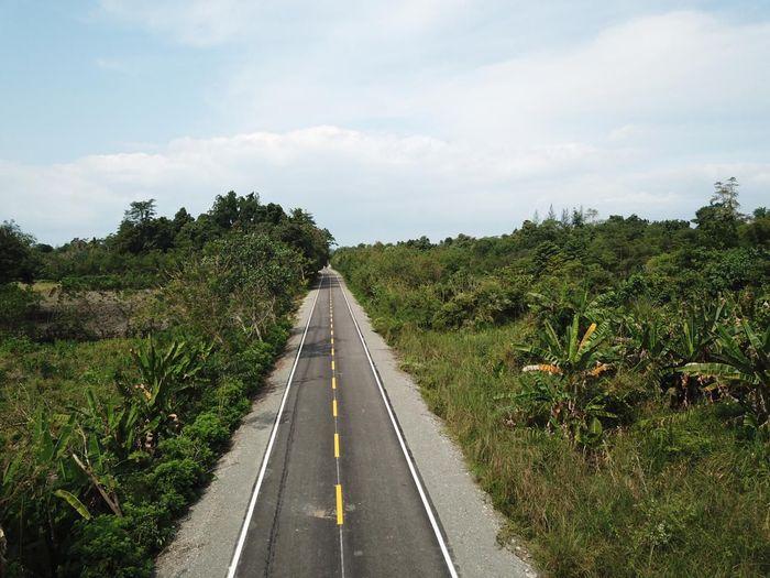 Wijaya Karya membangun jalan raya di Timor Leste sepanjang 6 kilometer (km). Istimewa/Dok. PT Wijaya Karya (Persero) Tbk.