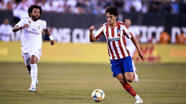 Joao Felix menjadi pengganti Antoine Griezmann di Atletico Madrid.