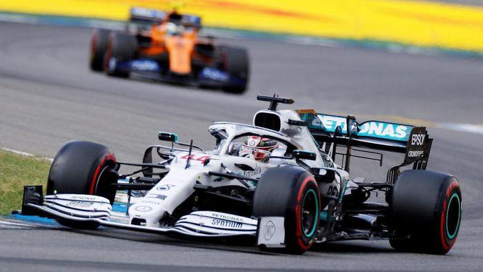 Lewis Hamilton raih pole position di GP Jerman 2019 (Kai Paffebanch/REUTERS)